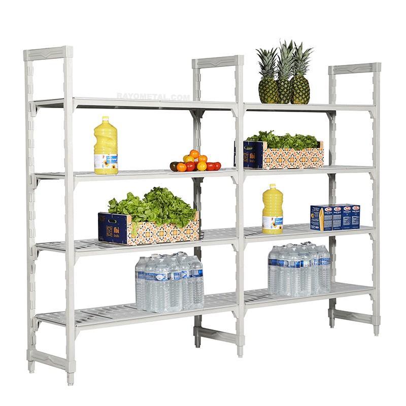 Vue de 3/4 du rayonnage alimentaire haute résistance en polypropylène pour le stockage des denrées alimentaires
