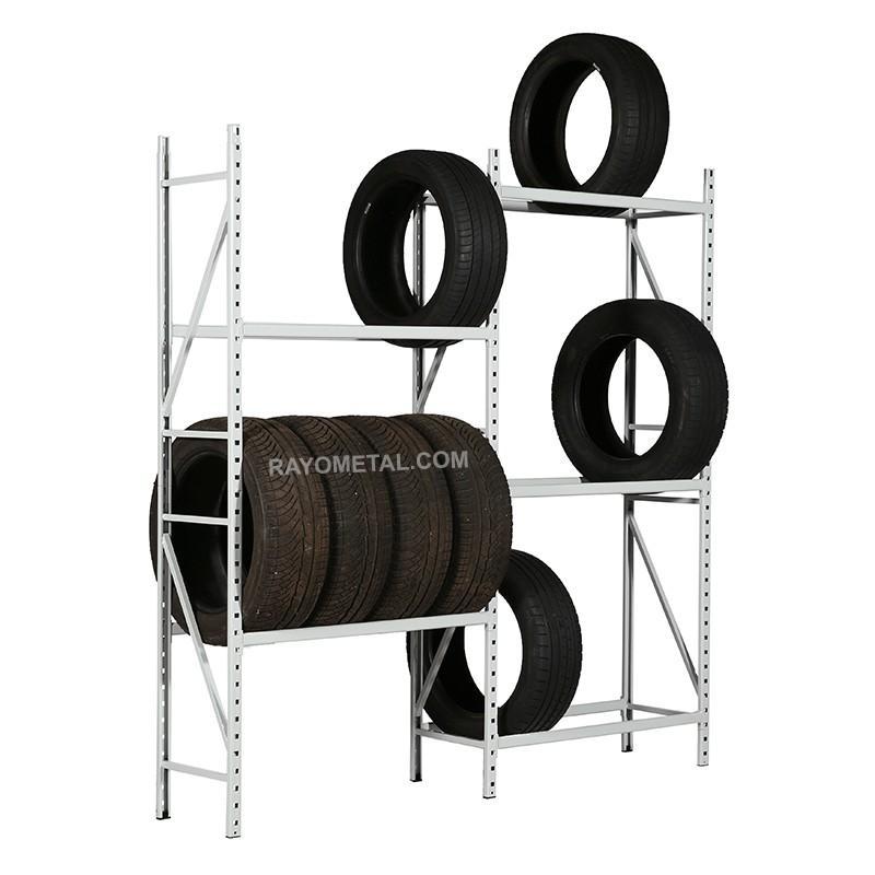 Vue de 3/4 du rack à pneus léger conçu pour le stockage de jantes et pneus jusqu'à 150 kg par niveau.